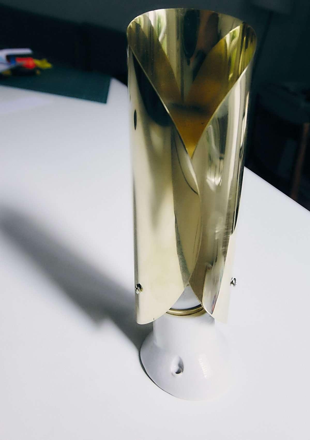 lampada in ottone su disegno